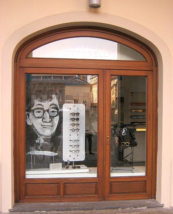 Ottica Ottobelli, Woody in vetrina - Andrea Franzosi franzRoom.net